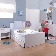 photo chambre bebe chambre bébé childwood quadro white