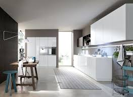 cuisine blanche mur taupe cuisine blanche couleur mur cuisine design cuisine cuisine taupe