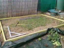 faire une dalle exterieur réalisez une dalle en béton pour votre abri de jardin partie 1 2