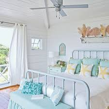 Beach Bedroom Ideas by Beach Cottage Bedrooms On Pinterest Teal Beach Bedroom Coastal
