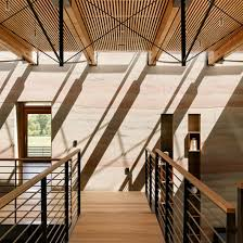 100 Feldman Architecture Stripy Rammedearth Walls Curve Through Holiday House In Californian