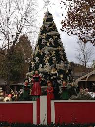 Christmas Tree Inn Pigeon Forge Tn by 37 Best Christmas In The Smokies Images On Pinterest Pigeon