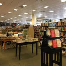 Barnes & Noble Booksellers 18 s & 11 Reviews Bookstores