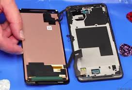 The 4 Most Durable Premium Smartphones for Clumsy People