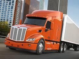 Peterbilt Highlights Green Trucks At Earth Day Texas