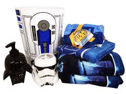 Disney Character Bathroom Sets by Ranking The Coolest Star Wars Bath Toys Towels Mats And More