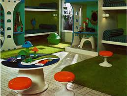 I Love Those Little Mod Pedestal Stools That Look All Magic Mushroomy Totally Remember Old Green Froggy Toy Bin In The Back Four Beds Thoughhmmmm