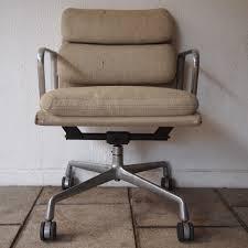 fauteuil de bureau charles eames charles et eames herman miller fauteuil de bureau modèle