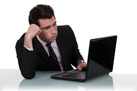 ennui au bureau plus de 4 salariés sur 10 s ennuient au bureau regionsjob