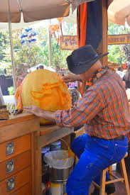 Awesome Pumpkin Carvings by Sasaki Time Awesome Pumpkin Carving Creations At Disneyland For