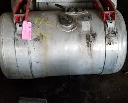 100 Semi Truck Fuel Tanks USED FUEL TANKS FOR SALE