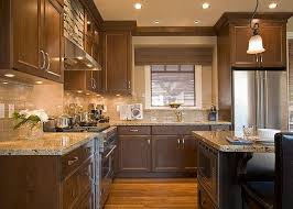 Kitchen Backsplash Ideas With Dark Oak Cabinets by Best 25 Dark Oak Cabinets Ideas On Pinterest Kitchen Ideas