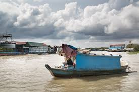 100 Boat Homes Floating For The Stateless Vietnamese In Cambodia