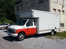 100 U Haul 10 Foot Truck Inside
