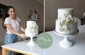 Hochzeitstorte Mit Erdbeeren Und Limetten Elegante Hochzeitstorte Alles Liebe Manufaktur