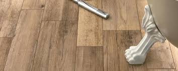 wood grain ceramic tile menards ceramic tile that looks