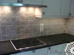 revetement mural cuisine revetement autocollant pour meuble 2 revetement adhesif mural