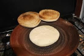 cuisiner avec un tajine en terre cuite recette algérien cuit dans un tajine en terre cuite sur