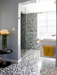 pixilated badezimmer design mit mosaik badezimmer fliesen