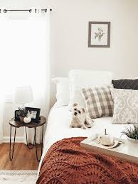 Meijer Home Wall Decor by Our Fall Bedroom Five Ways To Warm Up A Space For Fall With