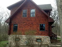 A log home that looks nice and well maintained