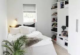 plante dans chambre à coucher lit chambre à coucher décor maison plante image 3704186 par