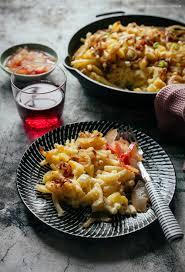 alpenmakkaroni knusprig überbackene nudeln in käse sahne