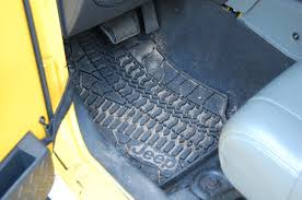 Quadratec Floor Mats Vs Weathertech by Mopar Slush Mats Vs Quadratec Floor Liners Page 2 Jeep