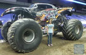 100 Monster Trucks Crashing Advanced Auto Parts Jam A Wrestling Addicted Mommy