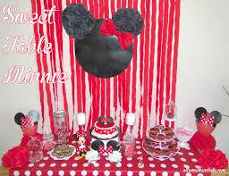 un anniversaire minnie la décoration de la sweet table de