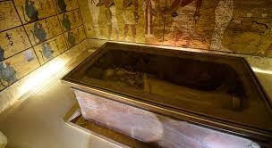 la chambre secrete il n y a finalement pas de chambre secrète dans le tombeau de
