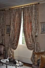 rideaux de sur mesure rideaux en soie de style classique tissu lelièvre atelier secrea