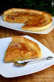 cuisiner la rhubarbe tarte amandine à la rhubarbe amandine cooking