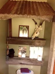Outhouse Themed Bathroom Accessories by Best 25 Outhouse Bathroom Ideas On Pinterest Outhouse Bathroom