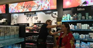 Looks over books Campus bookstores cash in on cosmetics