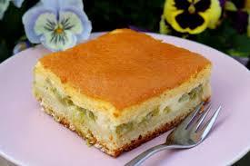 rhabarber topfenkuchen mit eierschecke