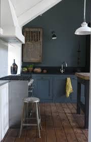 comment repeindre une cuisine en bois comment repeindre une cuisine idées en photos repeindre meuble