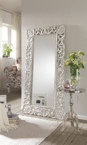 großer spiegel mit metallrahmen wohnzimmer spiegel