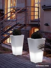 ausgefallene blumentöpfe und vasen für draußen wohnideen