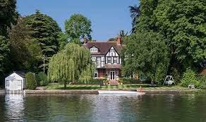 104 River Side House Hot Property Five Side Homes Financial Times