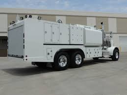 2000 Gallon Lube Truck Gallery - Southwest Products