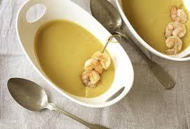 linsensuppe mit kokosmilch und garnelen