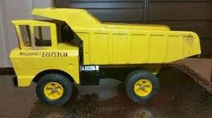 Http://www.ebay.com/itm/TONKA-vintage-early-mighty-dump-truck ... Cristins Cookies You Are Loads Of Fun Dump Truck Cakecentralcom Cake Wilton Chuck The And F750 For Sale With Chevy As Well 2001 Pop It Like Its Hot I Heart Baking Dump Truck Cookies Sugar Cookie Whimsy Trucks Diggers Scoopers Mixers And Hangers 131 Best Little Boys Images On Pinterest Decorated Sports Guy Themed Flipboard Cstruction Number Birthday Tire Haul Ming 3d Model Cgtrader