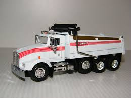 M84312 Kenworth T-800 3-axle Dump Truck | Stamp-n-Toys Amazoncom 132nd New Ray Kenworth W900 Pot Belly Livestock Trailer Dcp 3987cab T880 Daycab Stampntoys Drake Z01382 Australian Kenworth C509 Sleeper Prime Mover Truck 132 Scale Diecast Lowboy Tractor Trailer With T700 Semi Truck Container 168 Toy For Showcase Miniatures Z 4021 Grapple Kit Kinsmart Die Cast Assorted Colours 143 Wlowboy Excavator D Nry15293 Mack Log Replica Flatbed Forklift Store