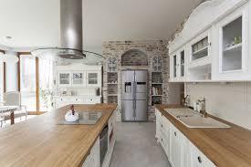 landhausküchen massiv aus holz