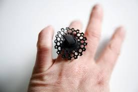 bijoux en chambre a air bague en dentelle de chambre à air fait upcycling