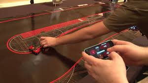 Anki Drive Smartphone Controlled Toy Cars CES 2014