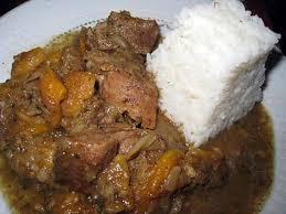 cuisiner un sauté de porc recette de sauté de porc aux 4 épices et aux abricots