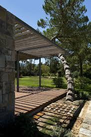 100 Frederico Valsassina Casa No Banzo Ll By Arquitectos