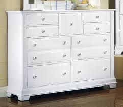 Vaughan Bassett Dresser Knobs by White Bedroom Dresser White Bedroom Dresser With Mirror Images